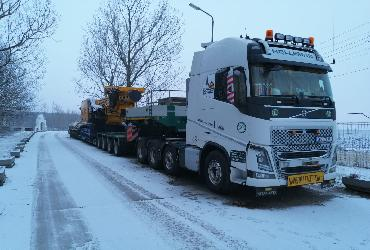 Drilling rigs heavy transport Germany - Romania